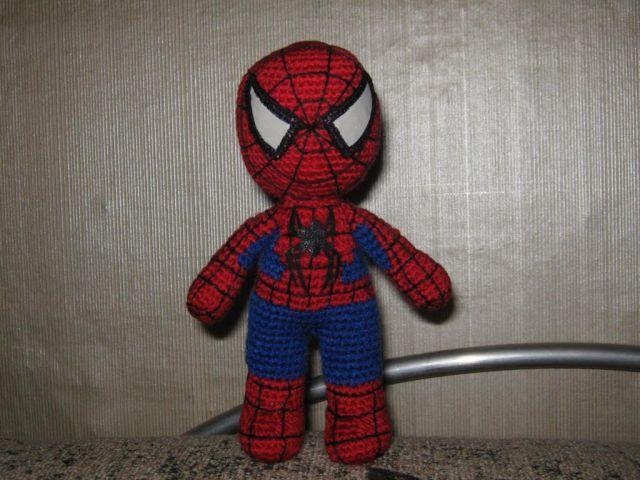 Как связать костюм человека паука