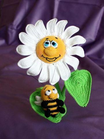 Ромашка и пчёлка - автор схемы