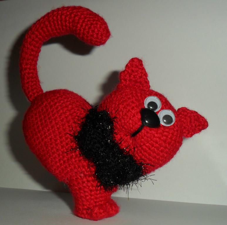Вязание крючком валентинки с котом