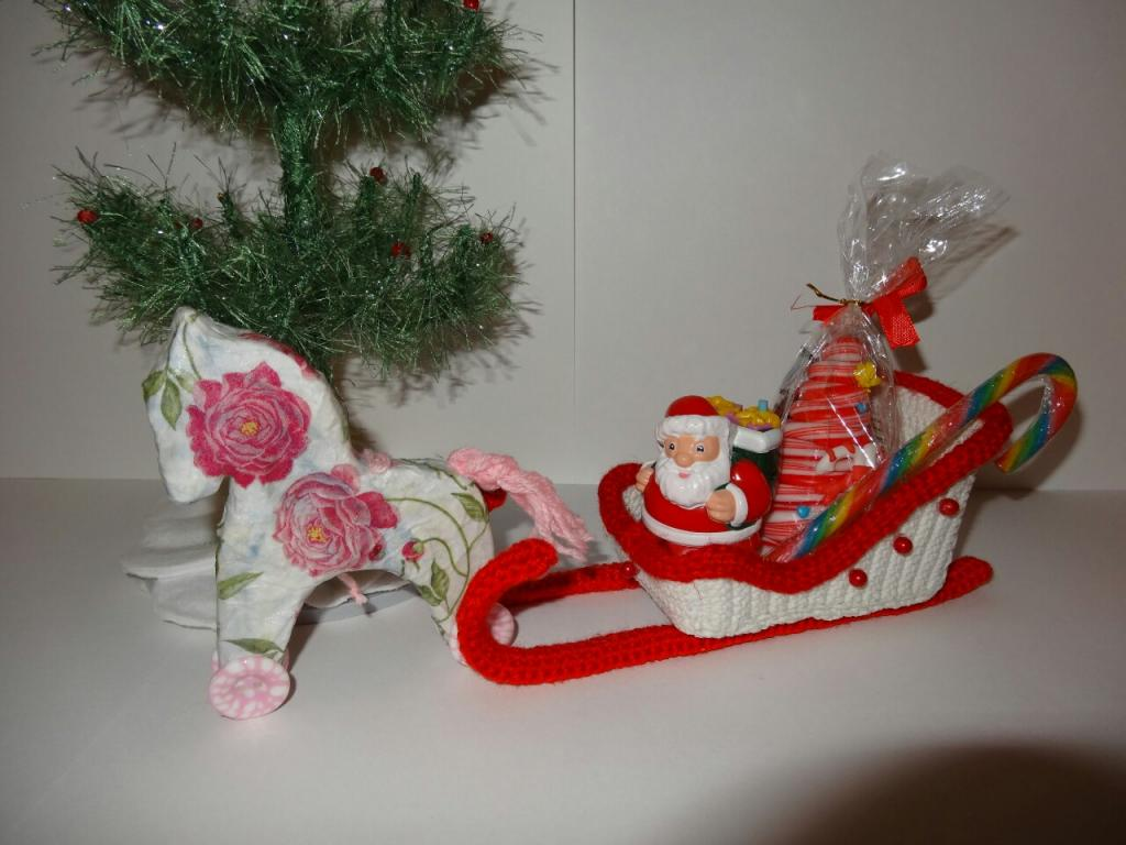 Дед мороз на санях своими руками 61